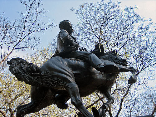 José Martí statue, Central Park, New York by Oquendo.
